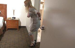 یک مادر محکم و محکم در جوراب های صورتی ، دوست خود را به یک از blowjob عمیق می دهد عکس های سکسی بانو الکسیس
