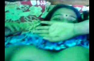 مردی در اتاق خواب یک دختر آسیایی را تصاویر سکسی از الکسیس لگد می زند