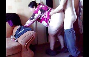 هانا هیز در عکس های الکسیس تگزاس سکسی شلوار جین ، عضو بزرگی از جانور را به نیمکت می برد