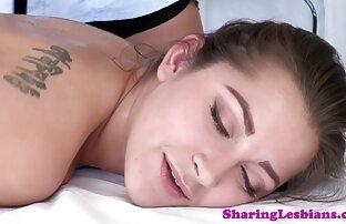 شخص دارای یک دوست عکس سکسیالکسیس دختر با یک خال کوبی خاردار و بهترین دوست خود در اتاق خواب است