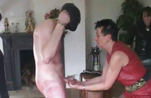 بلوند اسپرت پاهایش را عکس سکسی الکسیس تگزاس گسترده می کند و دیک خود را به بیدمشک می برد